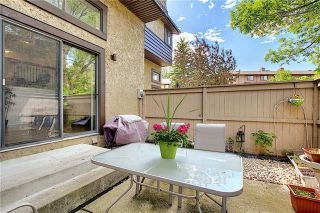 Photo 43: 24 GLAMIS Gardens SW in Calgary: Glamorgan Row/Townhouse for sale : MLS®# A1077235