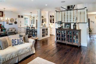 Photo 13: 2067 Hedgestone Lane in VICTORIA: La Bear Mountain House for sale (Langford)  : MLS®# 841529
