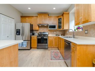"""Photo 5: 18186 66A Avenue in Surrey: Cloverdale BC House for sale in """"The Vineyards"""" (Cloverdale)  : MLS®# R2510236"""