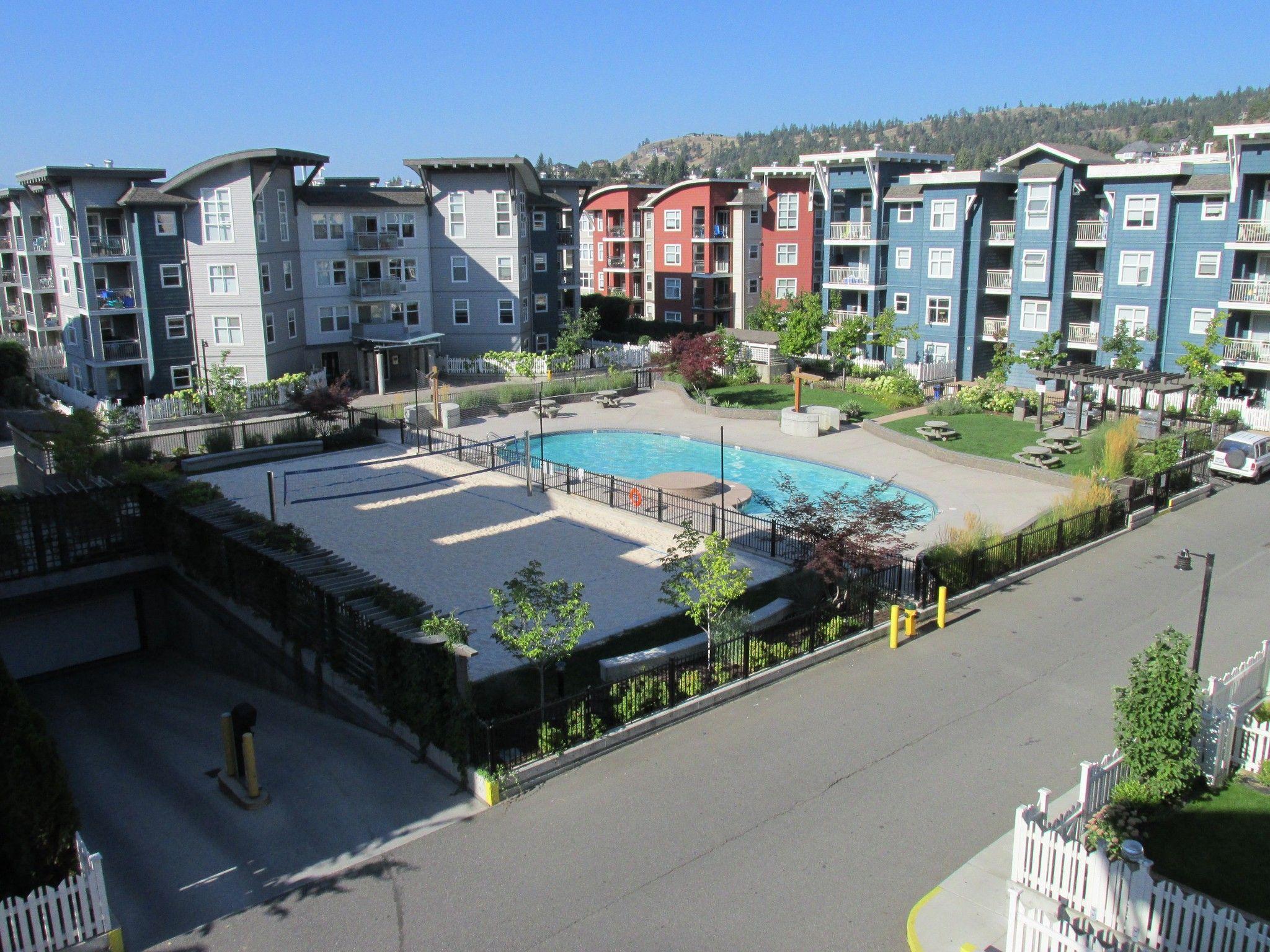 Main Photo: 216-533 Yates Rd in Kelowna: North Glenmore Condo for sale : MLS®# 10179269