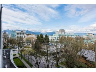 """Photo 14: 611 2851 HEATHER Street in Vancouver: Fairview VW Condo for sale in """"TAPESTRY"""" (Vancouver West)  : MLS®# R2267421"""