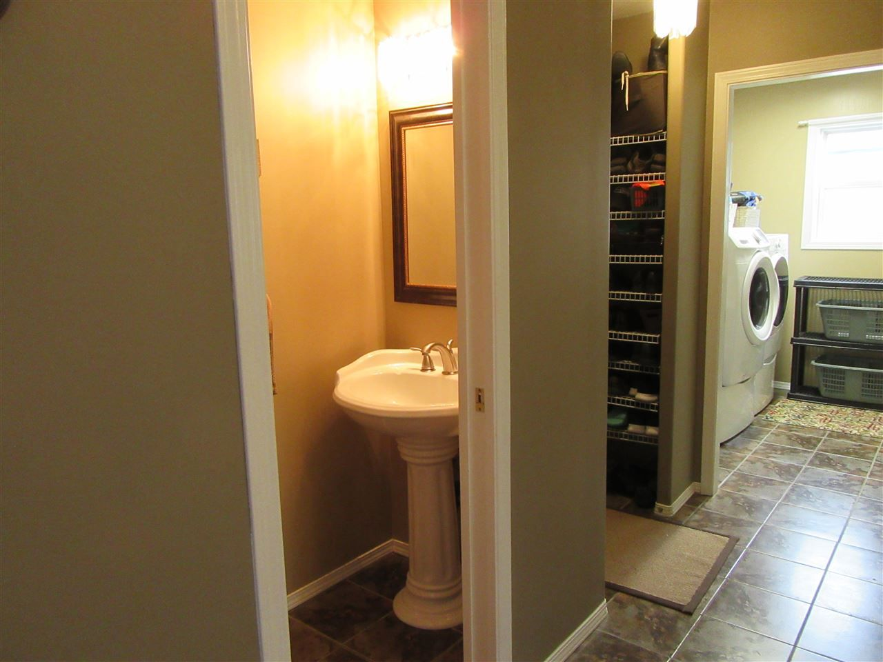 """Photo 19: Photos: 4305 FOSTER Road in Prince George: Charella/Starlane House for sale in """"CHARELLA/STARLANE"""" (PG City South (Zone 74))  : MLS®# R2499513"""