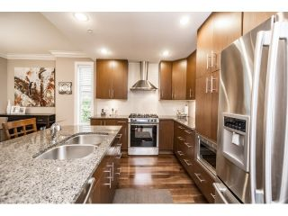 """Photo 9: 103 16483 64 Avenue in Surrey: Cloverdale BC Townhouse for sale in """"St. Andrews"""" (Cloverdale)  : MLS®# R2076042"""
