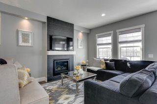 Photo 8: 4314 VETERANS Way in Edmonton: Griesbach House for sale