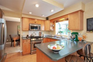 Photo 3: 9757 151B Street in Surrey: Guildford House for sale (North Surrey)  : MLS®# R2305093