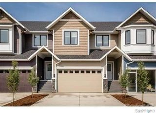Photo 1: 3226 11th Street West in Saskatoon: Montgomery Place Residential for sale : MLS®# SK838899