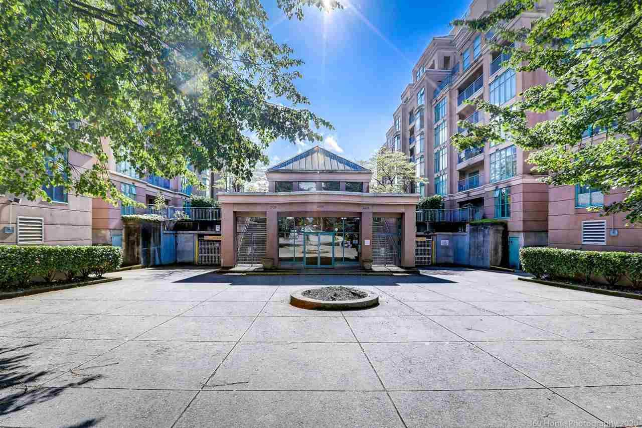 Main Photo: 201 2528 E BROADWAY in Vancouver: Renfrew Heights Condo for sale (Vancouver East)  : MLS®# R2502255