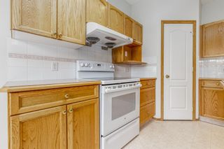 Photo 9: 81 Hamptons Link NW in Calgary: Hamptons Row/Townhouse for sale : MLS®# A1112657