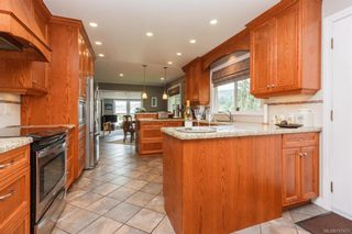 Photo 11: 1814 Jeffree Rd in Central Saanich: CS Saanichton House for sale : MLS®# 797477