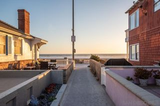 Photo 11: MISSION BEACH House for sale : 2 bedrooms : 724 Windemere Ct in San Diego