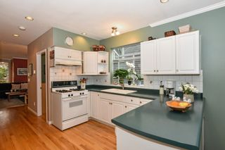 Photo 12: 2052 E 5TH Avenue in Vancouver: Grandview Woodland 1/2 Duplex for sale (Vancouver East)  : MLS®# R2625762