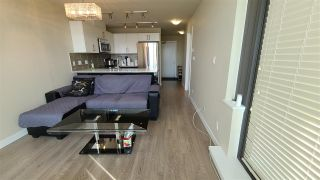 """Photo 12: 801 2689 KINGSWAY in Vancouver: Collingwood VE Condo for sale in """"Skyway Tower"""" (Vancouver East)  : MLS®# R2544413"""