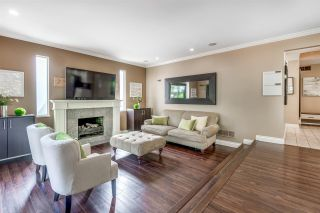 Photo 12: 6130 PARKSIDE Close in Surrey: Panorama Ridge House for sale : MLS®# R2454955