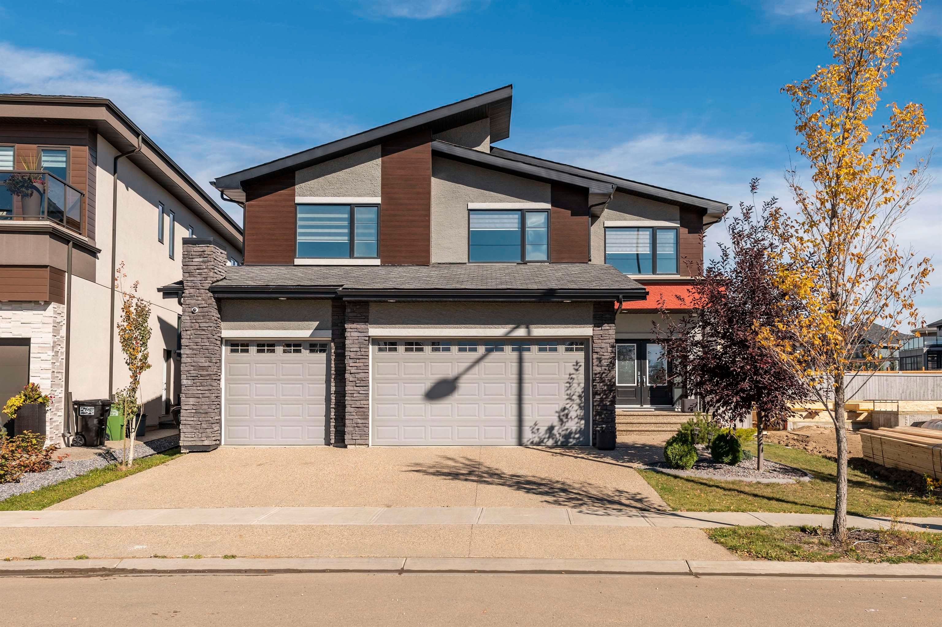 Main Photo: 3169 cameron heights Way W in Edmonton: Zone 20 House for sale : MLS®# E4264173