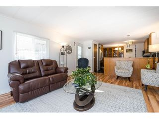 """Photo 6: 157 27111 0 Avenue in Langley: Aldergrove Langley Manufactured Home for sale in """"Pioneer Park"""" : MLS®# R2616701"""