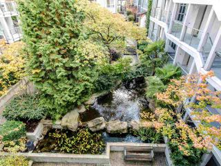 """Photo 16: 16 1388 W 6TH Avenue in Vancouver: Fairview VW Condo for sale in """"NOTTINGHAM"""" (Vancouver West)  : MLS®# R2411492"""