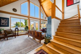 Photo 2: 1869 Fern Rd in : CV Courtenay North House for sale (Comox Valley)  : MLS®# 881523