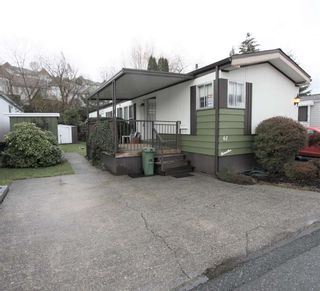 """Photo 1: 61 3300 HORN Street in Abbotsford: Central Abbotsford Manufactured Home for sale in """"Georgian Park"""" : MLS®# R2519380"""