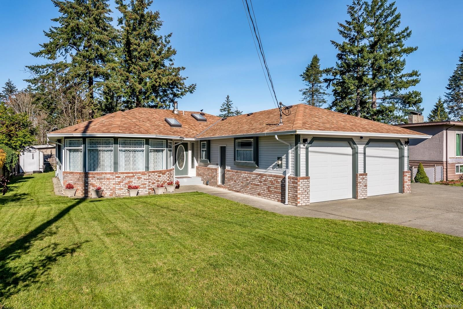 Main Photo: 440 Elizabeth Rd in : CR Campbell River Central House for sale (Campbell River)  : MLS®# 859041