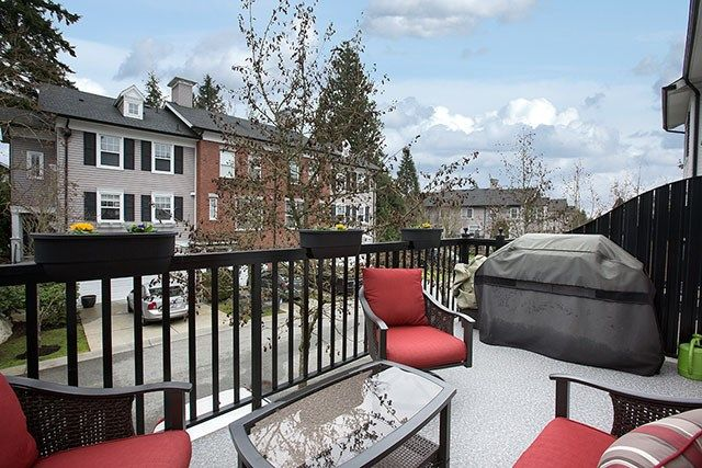 """Photo 8: Photos: 4 15075 60 Avenue in Surrey: Sullivan Station Townhouse for sale in """"Nature's Walk"""" : MLS®# R2028031"""