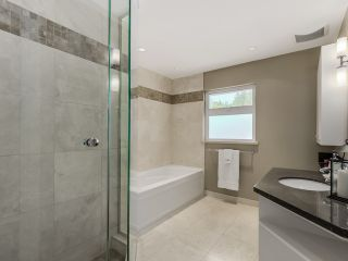 Photo 18: 5908 Boundary Place in Surrey: Panorama Ridge House for sale