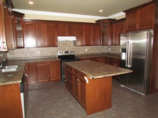 """Photo 5: 45941 WEEDEN DR in CHILLIWACK: Vedder S Watson-Promontory House for rent in """"PROMONTORY"""" (Sardis)"""