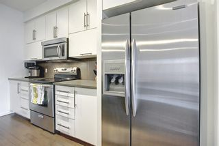 Photo 9: 304 414 MEREDITH Road NE in Calgary: Crescent Heights Apartment for sale : MLS®# A1119417