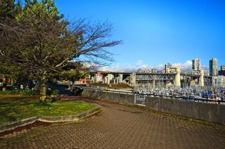 Photo 11: 502 1490 Pennyfarthing Drive in Harbour Cove: False Creek Home for sale ()  : MLS®# V1045657