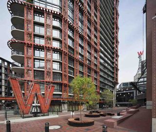 """Main Photo: 2710 128 W CORDOVA Street in Vancouver: Downtown VW Condo for sale in """"WOODWARDS W43"""" (Vancouver West)  : MLS®# R2560162"""
