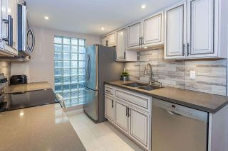 """Main Photo: 2062 CYPRESS Street in Vancouver: Kitsilano Townhouse for sale in """"Cypress Grove"""" (Vancouver West)  : MLS®# R2579006"""