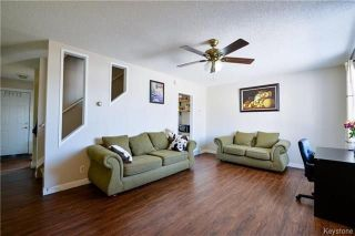Photo 5: 558 Berwick Place in Winnipeg: Fort Rouge Residential for sale (1Aw)  : MLS®# 1805408