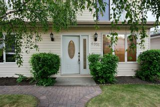 Photo 3: 6951 Silver Springs Road NW in Calgary: Silver Springs Detached for sale : MLS®# A1126444
