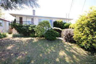 Photo 1: 2432 Richmond Rd in VICTORIA: Vi Jubilee Half Duplex for sale (Victoria)  : MLS®# 761847