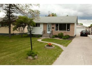 Photo 2: 144 Harper Avenue in WINNIPEG: Windsor Park / Southdale / Island Lakes Residential for sale (South East Winnipeg)  : MLS®# 1312734