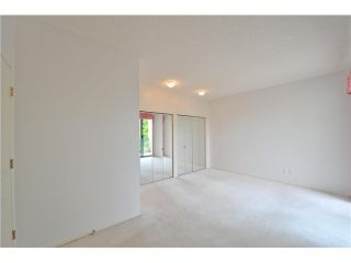 """Photo 16: 412 1785 MARTIN Drive in Surrey: Sunnyside Park Surrey Condo for sale in """"SOUTHWYND"""" (South Surrey White Rock)  : MLS®# F1419891"""
