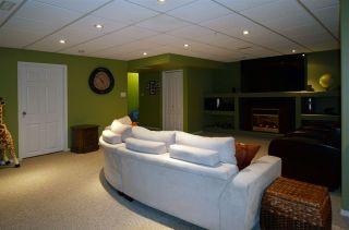 Photo 9: 120 CASTLE Drive in Edmonton: Zone 27 House Half Duplex for sale : MLS®# E4225009