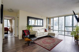 """Photo 4: 2006 930 CAMBIE Street in Vancouver: Yaletown Condo for sale in """"PACIFIC PLACE LANDMARK 11"""" (Vancouver West)  : MLS®# R2548377"""