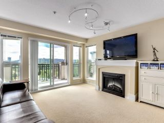 """Photo 5: 317 3082 DAYANEE SPRINGS Boulevard in Coquitlam: Westwood Plateau Condo for sale in """"The Lanterns"""" : MLS®# R2616558"""