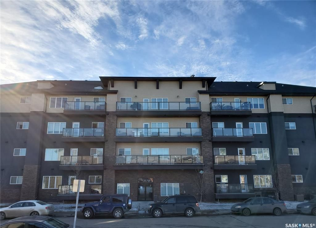 Main Photo: 210 702 Hart Road in Saskatoon: Blairmore Residential for sale : MLS®# SK845199