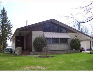 Photo 1: 335 MARSHALL Bay in WINNIPEG: Manitoba Other Residential for sale : MLS®# 2908408