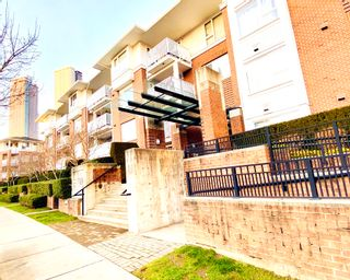 """Photo 1: 112 4783 DAWSON Street in Burnaby: Brentwood Park Condo for sale in """"COLLAGE"""" (Burnaby North)  : MLS®# R2524559"""