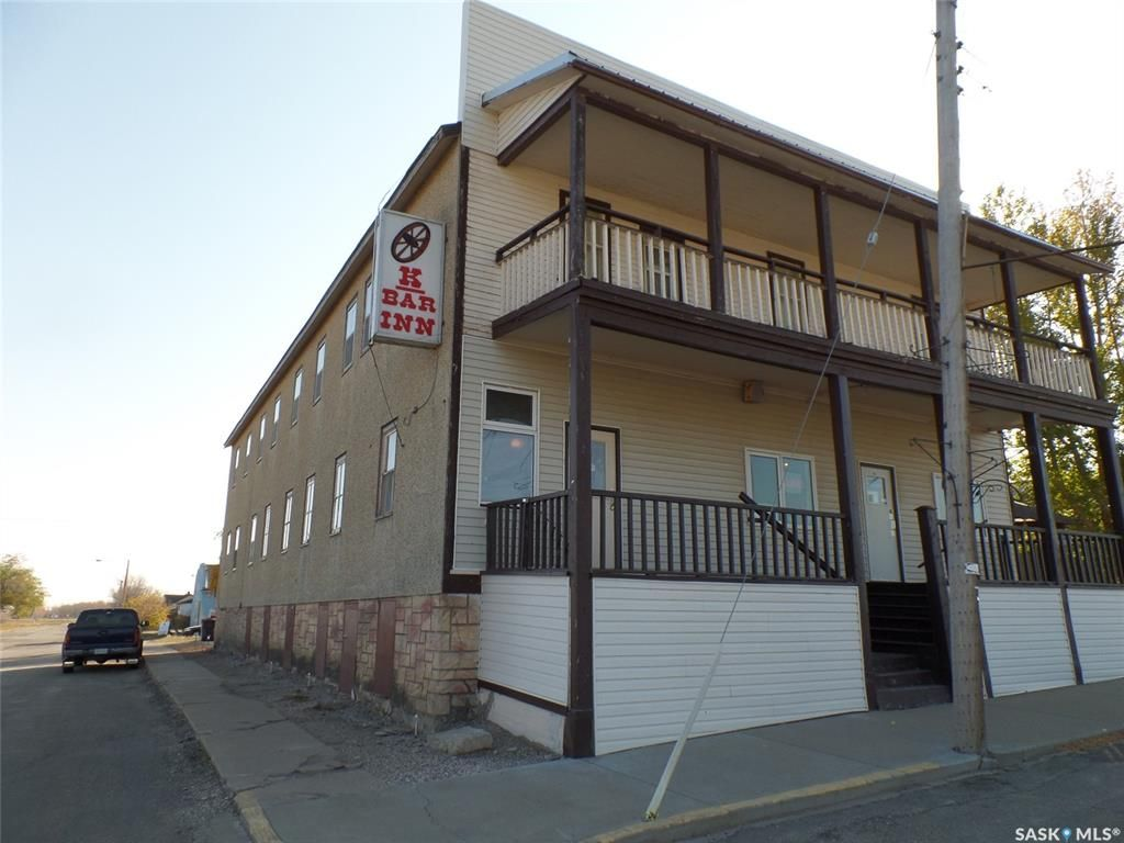 Main Photo: 1 Main Street in Hafford: Commercial for sale : MLS®# SK873949