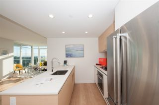 """Photo 10: 2109 525 FOSTER Avenue in Coquitlam: Coquitlam West Condo for sale in """"Lougheed Heights II"""" : MLS®# R2531526"""