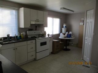 """Photo 8: 10 23141 72 Avenue in Langley: Salmon River Manufactured Home for sale in """"LIVINGSTONE PARK"""" : MLS®# R2523897"""