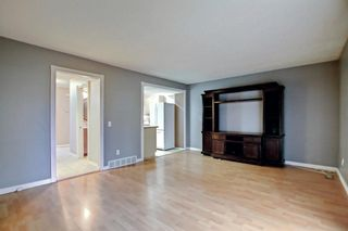 Photo 3: 63 4810 40 Avenue SW in Calgary: Glamorgan Row/Townhouse for sale : MLS®# A1145760