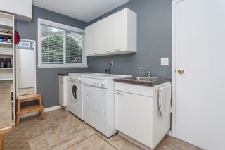 Photo 3: 1613 142 STREET in Surrey: Sunnyside Park Surrey House for sale (South Surrey White Rock)  : MLS®# R2030675
