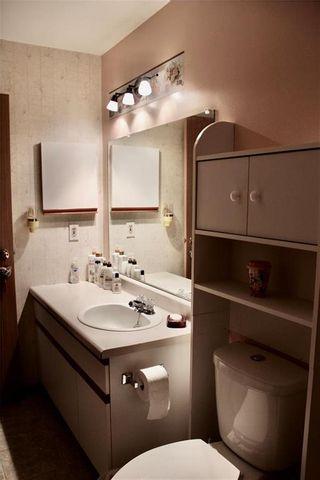 Photo 11: 1 667 St Anne's Road in Winnipeg: St Vital Condominium for sale (2E)  : MLS®# 202027613