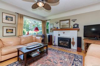 Photo 3: 1 752 Lampson St in Esquimalt: Es Rockheights House for sale : MLS®# 761678