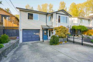 Main Photo: 2953 FLEMING Avenue in Coquitlam: Meadow Brook House for sale : MLS®# R2571404