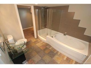 Photo 15: 911 Vimy Road in WINNIPEG: Westwood / Crestview Residential for sale (West Winnipeg)  : MLS®# 1508235